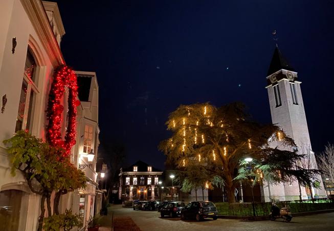 Oude Dorp Amstelveen pakt weer flink uit met feestdagenverlichting