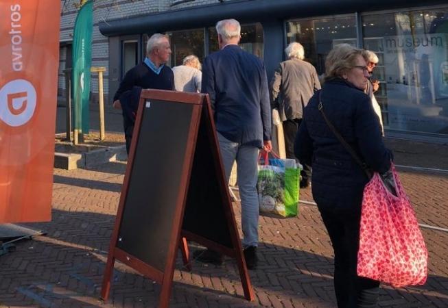 Spanning en drukte bij opnames 'Tussen Kunst & Kitsch' in Amstelveen